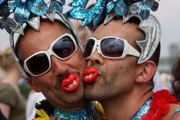 gay-homosexuali-590x393