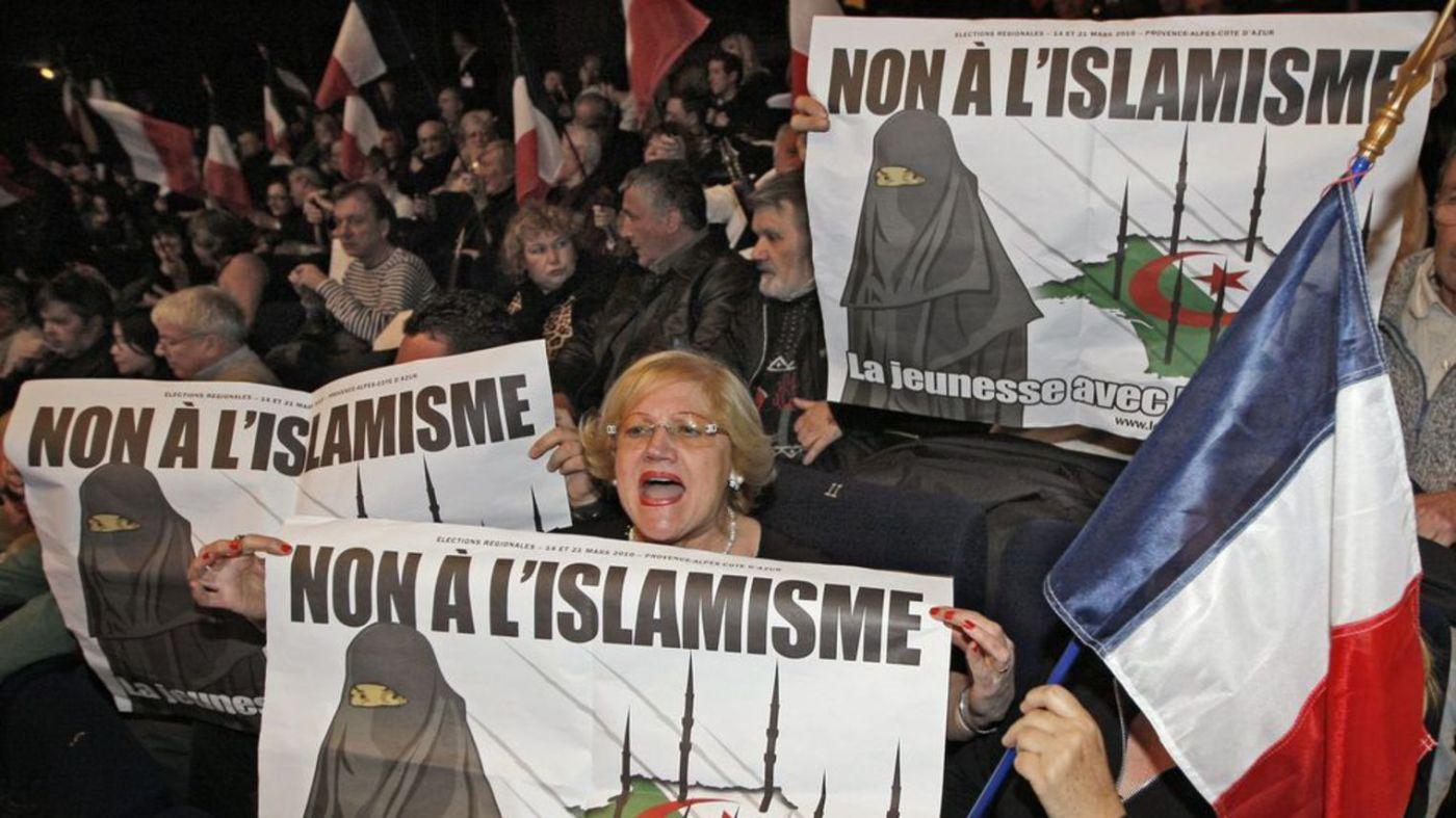 islam-mosquee-niqab-burqa-musulman-1_1110625